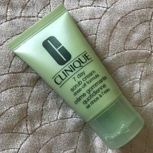 💐5 for $13💐 Clinique 7 day scrub cream